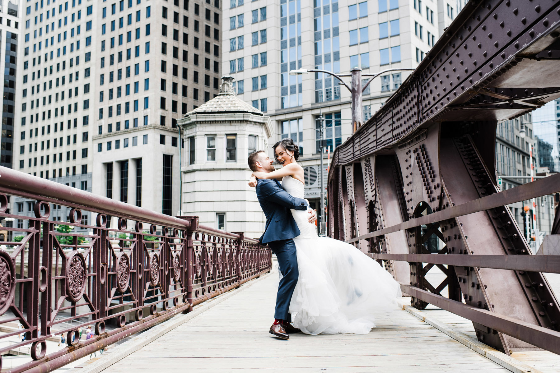 Chicago Riverwalk Wedding Photo