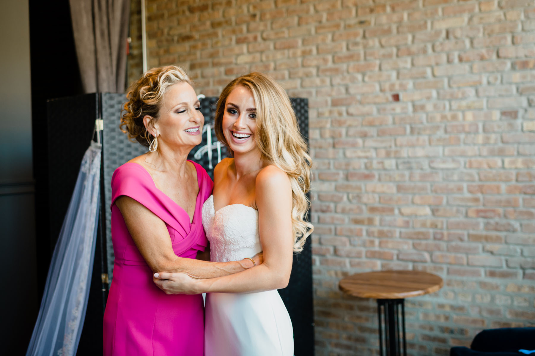 Mother & Daughter Wedding Photo