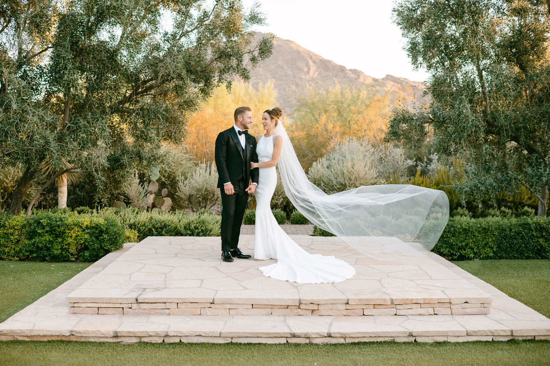 Camelback Mountain Wedding PhotographerEl Chorro Wedding, Scottsdale Wedding Photographer, Desert Wedding, Paradise Valley Wedding Photographer