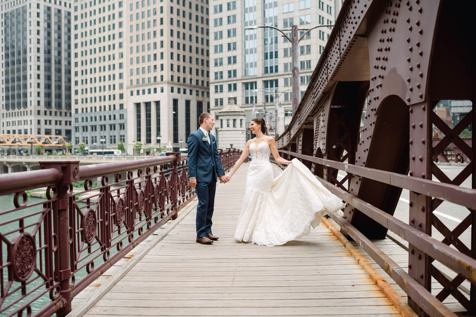 Chicago Bridge wedding photo